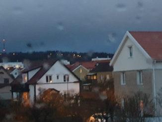Regnigt och mulet väder i Skövde.