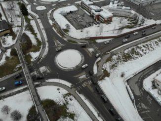 Nolhagavägen och Mariestadsvägens cirkulationsplats mot Stallsiken i Skövde