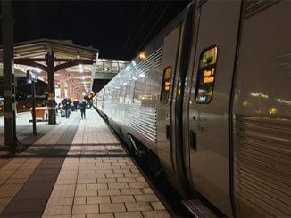 Tåg vid Skövde Resecentrum